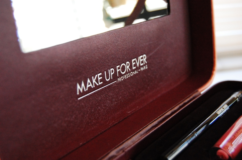 MAKE UP FOR EVER Fifty Shades of Grey - Give In To Me